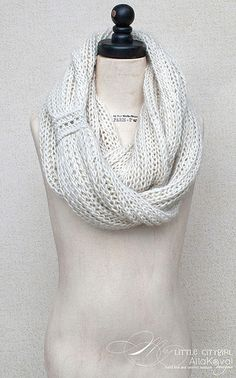 Meringue Hand Knitted Cowl by Alla Koval - free