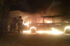 BLOG NOTÍCIAS: Ônibus é incendiado na avenida Hermes da Fonseca
