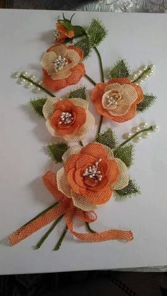 This Pin was discovered by Bah Leather Flowers, Lace Flowers, Crochet Flowers, Fabric Flowers, Needle Lace, Needle And Thread, Jute Crafts, Cutwork Embroidery, Wedding Hands