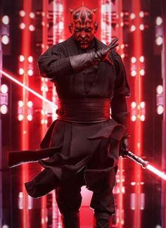 Detail on the new Hot Toys Darth Maul is incredible. Here's hoping we see him in action on the big screen again soon. Wallpaper Darth Vader, Star Wars Wallpaper, Star Wars Light, Star Wars Fan Art, Star Wars Pictures, Star Wars Images, Star Wars Rebels, Star Wars Darth, Star Trek