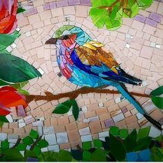 Mosaic Garden Art, Mosaic Tile Art, Mosaic Flower Pots, Mosaic Artwork, Bird Artwork, Mosaic Glass, Mosaic Pots, Pebble Mosaic, Mosaic Mirrors
