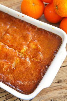 Μανταρινόπιτα Σιροπιαστή Greek Sweets, Greek Desserts, Greek Recipes, Syrup Cake, Sweet Pie, Sweets Cake, How To Make Cake, Food And Drink, Favorite Recipes