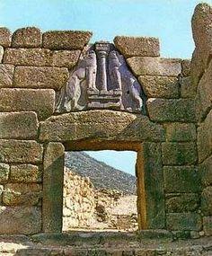 ΜΥΚΗΝΕΣ - ΠΥΛΗ ΤΩΝ ΛΕΟΝΤΩΝ Mycenae, Horse Fly, Archaeology, Mount Rushmore, Greece, Horses, Mountains, History, Nature