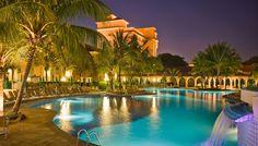 """Tive o prazer de passar dois dias no Royal Palm Plaza Resorts Campinas, um hotel magnífico com atendimento espetacular! Recomendo muito. Aliás a mesa de doces é irresistível tem um pudim dos """"deuses"""". O grupo Royal Palm Hotels & Resorts é referência em eventos e turismo para negócios e lazer.  Da atenção aos detalhes até o sorriso de nosso staff, temos orgulho de criar experiências memoráveis em nossa rede de hotéis, bares, restaurantes, SPA e em um dos maiores Resorts cinco es..."""
