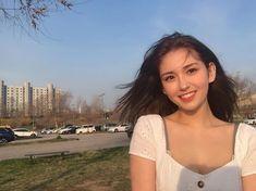 jeon somi: adorable and deserves the world - 스타 Jeon Somi, Cute Mixed Girls, Pretty Girls, Kpop Girl Groups, Kpop Girls, Ontario, Korean Girl, Asian Girl, My Beauty
