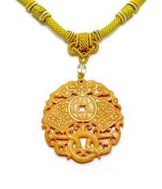 61,00 Chinesische Fliegen Drachen and Fortune Münzen Geschnitzte Jade Plague Amulett (65 X65x 6mm) Talisman Halskett Fortune Jade Schmuck von Imperial-Jade Kollektion, http://www.amazon.de/dp/B00DAGJVN8/ref=cm_sw_r_pi_dp_UJmZrb0QSA54R