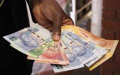 Dealer nabbed with fake R33 000 - http://zimbabwe-consolidated-news.com/2017/06/03/dealer-nabbed-with-fake-r33-000/