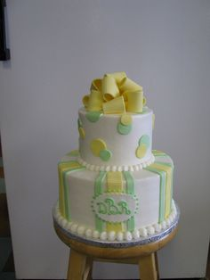 green and yellow cake