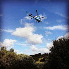 Hélico d'ERDF en rase motte devant nos bureaux ce matin #Quimper #helicopter