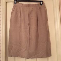 Tofy khaki skirt Feels like linen but it's not. Cotton/poly blend Tofy Skirts