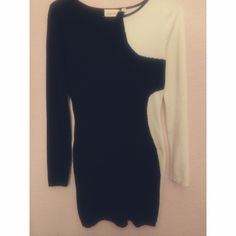 Black and white long sleeve dress Super cute dress, worn a few times. Dresses Mini