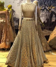 This Lehenga Choli bear a sophisticated look and enhance the beauty of the women which can be worn for functions, festivals, parties and even wedding also. This Lehenga comes with un-stitch Indian Bridal Outfits, Indian Bridal Lehenga, Indian Bridal Wear, Indian Designer Outfits, Pakistani Bridal, Pakistani Dresses, Indian Dresses, Red Lehenga, Anarkali