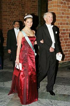Crown Princess Victoria wore this tiara to the 2001 Nobel Prize Ceremony and Dinner.