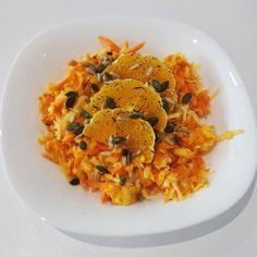 Sladko kyslý, šťavnatý, zdravý, chutný, voňavý no proste #mňam 😋 Úžasný jarný #šalát, ktorý vás osvieži a dodá vám potrebné množstvo #vitamínov. Dobrú chuť. Risotto, Ethnic Recipes, Food, Essen, Meals, Yemek, Eten