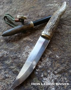 One of a kind set, 5 inch blade with moose antler handle and 1/2 inch by 4.5 inch ferrocerium rod also mounted on moose antler