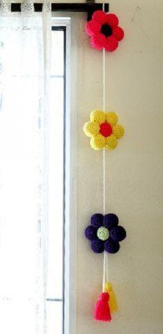 Regalos Originales para el Hogar 3 Crochet Garland, Crochet Curtains, Crochet Decoration, Crochet Home Decor, Crochet Pillow, Crochet Stitches, Crochet Patterns, Crochet Bouquet, Crochet Flowers