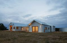 This shed-inspired house in Australia features a low-maintenance fire-resistant facade of corrugated steel that also helps to reflect heat Rural House, D House, Hill House, Farm House, Edwardian House, Shed Homes, Barn Homes, Timber Cladding, Metal Buildings