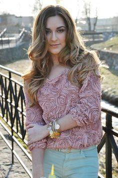 ELF'S STILETTOS: Blogger's Outfit - Karina in Pastels