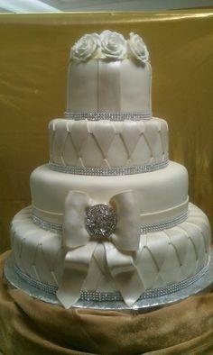 Diamond Bling On Wedding Cake | Bling Wedding Cake | Wedding Events