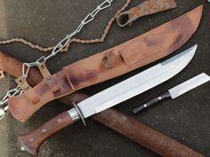 Cool Knives, Knives And Swords, Kukri Machete, Self Defense Martial Arts, Assault Weapon, Kydex Sheath, Damascus Blade, Knife Art, Fixed Blade Knife