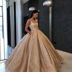 @liastubllaofficial @liastublla #LS #liastubllaofficial #liastublla #dresses