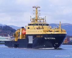 Rc Boot, Offshore Boats, Oil Rig, Tug Boats, Super Yachts, Ship Art, Royal Navy, Paddle, Sailing Ships
