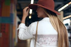 Wide brimmed hats have captured our hearts. What do you guys like to wear on top of your heads? http://www.adoreme.com