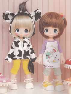Kinoko Juice Kiki 23cm tall Doll Casual Tee Cow Ears Hooded Jacket Pants Sneakers Shoes set pdf E PATTERN in Japanese and Titles in English not a doll but the clothes are awesme