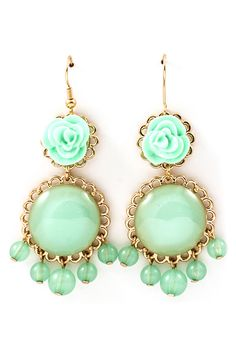 Rose Minty Cabochon Earrings >> Love these, the mint color is so pretty!