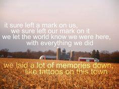 Everything jason aldean for Jason aldean tattoos on this town lyrics