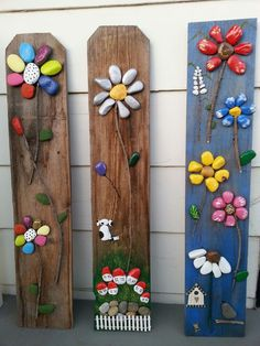 20 Cool DIY Ideas To Spice Up Garden with Pebbles Art Looking aweso. - 20 Cool DIY Ideas To Spice Up Garden with Pebbles Art Looking awesome DIY pebble art i - Garden Crafts, Garden Projects, Diy Projects, Garden Ideas, Yard Art Crafts, Stone Crafts, Rock Crafts, Cool Diy, Rock Flowers