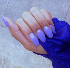 This color nail polish
