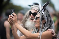 Photos of Street Parade Zurich 2019 - Colours of Unity. The biggest techno festival in Europe, Street Parade takes place once every Summer Techno Festival, Meet Friends, Crazy Outfits, Great Photos, Unity, Festivals, Events, Colours, Celebrities