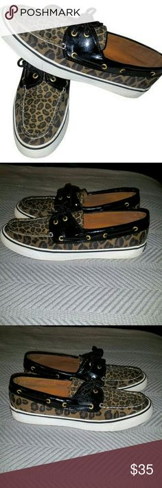 SPERRY'S! CHEETAH PRINT(9.5M) GENTLY USED!! VERY NICE CONDITION!! Sperry Top-Sider Shoes Flats & Loafers