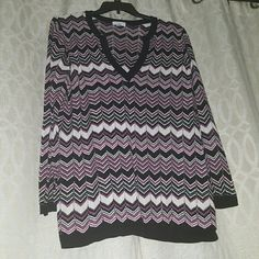 Charter Club Women Long Sleeve V-Neck Tunic Very Nice Black , White , Magenta V-Neck Tunic. Worn Once. Very comfortable, perfect for cool outdoor events. Somewhat see-through usually worn with an undershirt. You will love this tunic as much as I did. Used-Like New Condition Charter Club Sweaters V-Necks