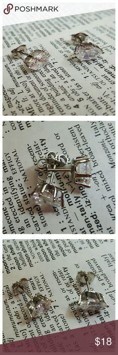 JUST IN: 18K WGP Pear Cz stud Earrings NWOT 18K white gold plated pear stud earrings. 2 carat total weight. White CZ. Butterfly backings. La Rochelle  Jewelry Earrings