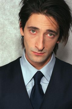 Adrian Brody-quite possibly my fav actor, I seriously havent seen him in anything bad! I love that hes ALWAYS getting himself shoved in tight spaces in his roles!!
