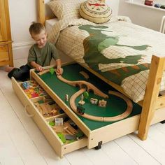 under bed train table idea. Now if I could just find the original link...