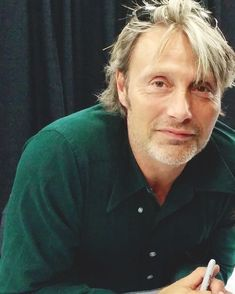 """57 curtidas, 1 comentários - Mads Mikkelsen UK (@madsmikkelsenuk) no Instagram: """"I made this account in September as a way to talk to other Mads fans and express my love for him.…"""""""