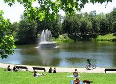 A cool park in the middle Montreal. A great escape from all the noise and a great place to grab some shade and read your favourite book. Montreal Ville, Montreal Quebec, Quebec City, O Canada, Canada Travel, Entertainment Sites, Laval, Good Old Times, Urban Park