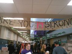 Fall Homecoming 2013 Senior Hallway decorations (2/4)