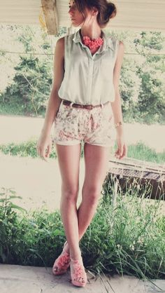 White with coral and mint. luvvvv this outfit