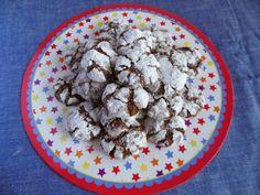 Chocolate Cinkle Cookies http://diariodiunaspirantepasticcera.blogspot.it/2013/11/chocolate-crinkle-cookies.html