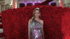 What It's Like to Walk the Met Gala Red Carpet