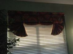Kitchen curtain!!!!