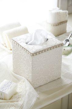 ホワイトエレガンスカルトナージュキューブ型ティッシュボックス引き出し付棚