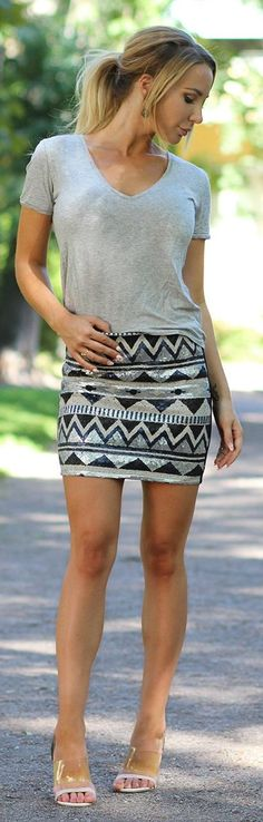 Kissies Sparkle Aztec Skirt Outfit Idea