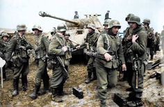 German infantry & a Panther tank, pin by Paolo Marzioli