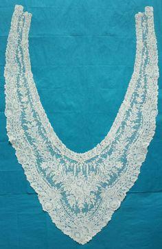 Antique-vintage-Brussels-point-de-gaze-lace-collar