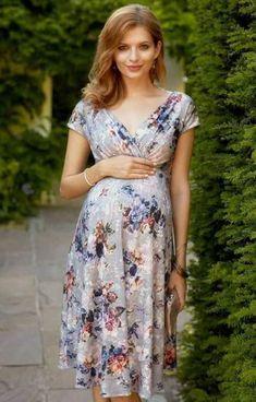 0f4cbb21a1a 28 Best Maternity Wardrobe Essentials